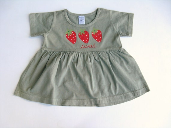 Girls Strawberry Dress, Strawberry Theme, Strawberry Outfit, Party Dress, Baby and Toddler, Hand Painted, Hand Dyed, Cotton Shirt or Top