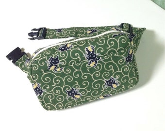 Body Bag / Waist Pouch / Hip Bag --- Black Cat in Karakusa - Green
