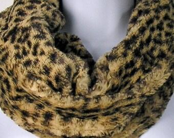 Leopard Faux Fur Cowl Chunky Faux Fur Cowl Fake Fur Leopard Cowl Fake Fur Leopard Scarf Leopard Scarves Cheetah Scarves Leopard  Cowl