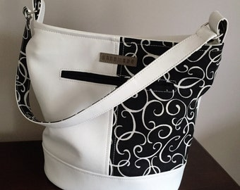Bonnie Bucket Bag in White Vinyl and Black Canvas Swirls