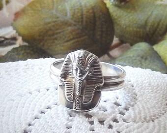 Vintage King Tut Egyptian Pharaoh .925 Sterling Silver Ring Size 7