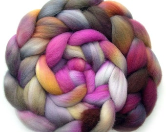 Shetland Roving Handdyed Combed Top - Lady of the Manor, 5.4 oz.