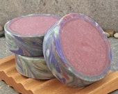 Artisan Rimmed Soap in a Warm Autumn Fig Scent
