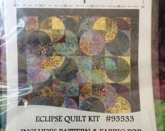 "Eclipse Quilt Kit Fabric and Pattern 74"" x 90"" Wonderful Curves & Circles Batik"