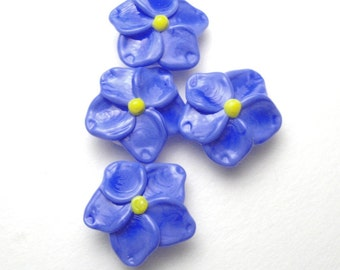 4 Forget Me Not Beads, handmade artisan lampwork glass in periwinkle blue