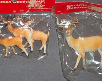 Vintage Plastic Deer Reindeer NOS NIP Decoration Destash Lot of 4 Assorted Size