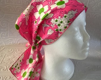 Vibtage pink flowered hair scarf 1960s