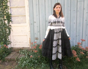 Small Hooded Black White Reconstructed Tribal Folk Sweater Dress// emmevielle
