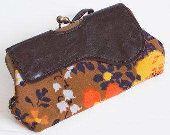 Vegan Bag, Wristlet Wallet, Clutch Purse, Phone Clutch, Kisslock Wallet, Vegan Leather Wallet, Wristlet Purse, Clutch Wallet, Kisslock bag
