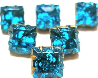 Antique aqua glass buttons, set of 6 matching petite glass.