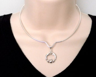 Discreet Slave Collar Sterling Silver Contoured V Circlet with Sterling Celtic Irish Lovers Claddah Pendant and Sterling O Clasp