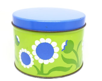 Super cute vintage flower power cookie or biscuit tin . 1960s 1970s mod . Green and blue perfect for spring . JL Clark Rockford Illinois