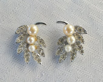 Clearance 1950s Vintage Emmons Faux Pearl and Rhinestone Earrings Clip On Style