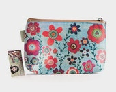 Cosmetic Bag, Retro Flower Desgin Compact Floral Cosmetic Bag