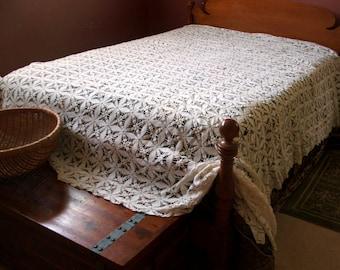 1940s Crochet Bedspread,  Vintage handmade, warm white, cotton, large size Double/Queen