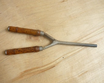 Antique Curling Iron, Vintage Hair Curler with wood handles, made in 1891