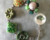Vintage Green Charm style Button Bracelet