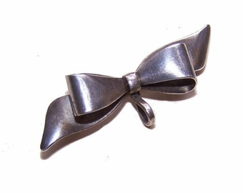 Vintage STERLING SILVER Bow Watch Pin/Brooch