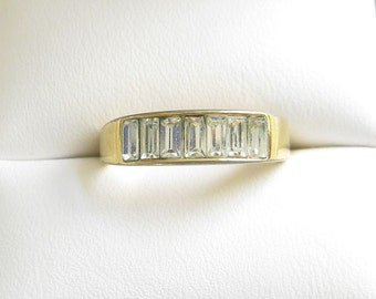 Vintage Clear Bagette Rhinestone Ring in Size 6.75