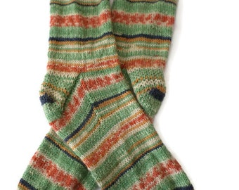 Socks - Hand Knit Men's Fair Isle Socks - Size 10-11 - Casual Socks
