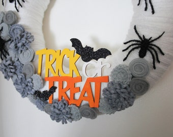 Trick or Treat Wreath, Halloween Wreath, Spider Wreath, 12 inch Size - Ready to Ship