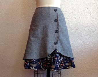SALE Fawn ruffle front skirt Sz 4