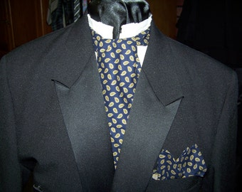 """Mens Ascot tie with pocket square Navy, Green and Gold print cotton fabric 4"""" x 42"""" Mens Historial Bow Tie or Wedding Tie"""