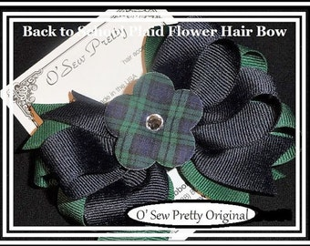 School Uniform hair bow, Navy and forest Plaid Hair bow, Back to school hair bows, hair bows, OTT hair bows School Bows,Catholic school bows