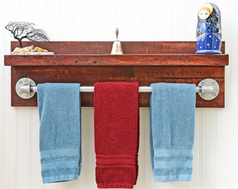 Floating Bathroom Wall Shelf with Pipe Towel Bar in a Modern Industrial Style