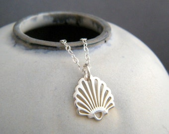 small fan shell necklace. tiny sterling silver seashell pendant. simple beach jewelry. aquatic sea nautical marine life charm. summer. gift