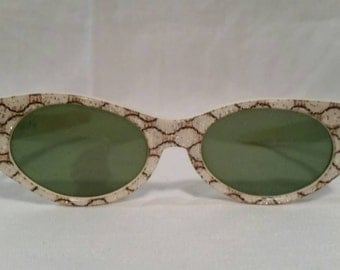 Vintage glitter cat eye sunglasses 1950s 1960s