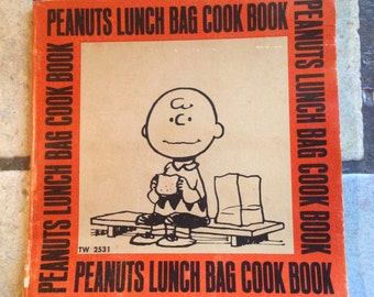 1974 Peanuts Lunch Bag Cook Book