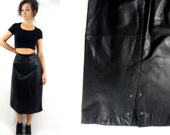 80s high waist / leather midi skirt / back snaps / black / medium