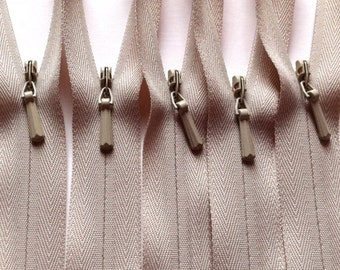 INVISIBLE Zippers 22 Inch YKK Color 572 Beige - Wholesale- 100 Pieces