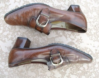 Vintage Mod Brown Leather Brass Buckle Slip Ons Loafers Kaufman Pumps Womens 9 1/2 9.5 AA Narrow