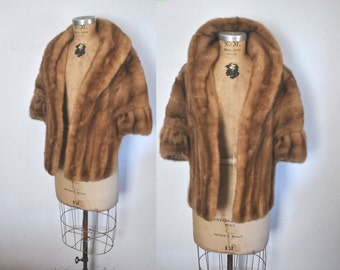 Mink Fur Stole Cape / 1950s brown shawl