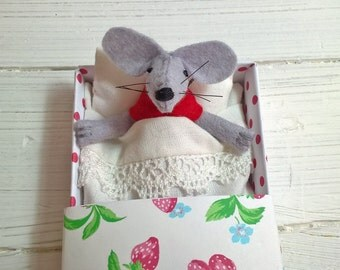 Children birthday gift baby shower favor gift mouse in a matchbox handmade stuffed animals tiny plush Red strawberries minnie mouse ears