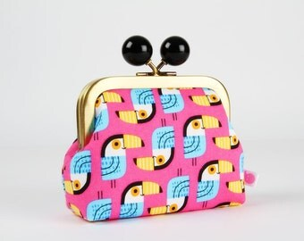 Metal frame coin purse with color bobble - Toucans in pink - Color dad / Black turquoise yellow orange blue / Tropical birds