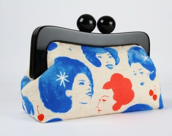 Resin frame clutch bag with removable chain strap - Dottie's friends in blue - Awesome purse / Cotton and Steel / Melody Miller / Retro