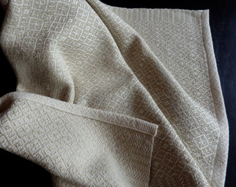 Handwoven Organic Cotton Towel in Natural and Light Green Foxfbre