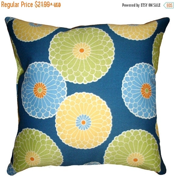 Richloom Springdale Decorative Outdoor Throw Pillow - Floral Pillow - Free Shipping