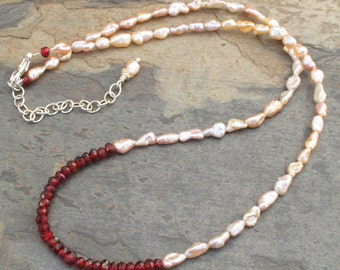 Garnet Pearl Necklace - Damask Rose