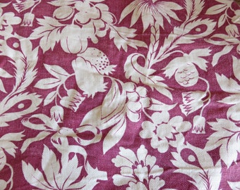 Gorgeous Vintage French Floral Fabric, Dark Pink & Cream Flowers, Vintage Barkcloth, French Textiles, Vintage Country French Home Sewing