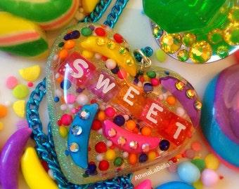 Kawaii Candy Resin Glitter Heart Pendant, Candy Jewelry, Rainbow Jewelry, Conversation Heart, Sprinkle Jewelry, Plastic Jewelry, Pop Art