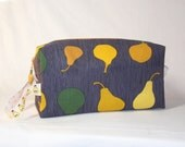 Pears on Slate Project Bag with Pear Ribbon