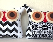 Sale /Set of TWO /blank/white / TWO/Polyfil Stuffed little owl pillows  home decoration/collection - Ready to ship