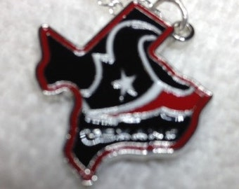 Houston Texans Pendant Charm Necklace New Design Logo on State of Texas Guys or Gals Stainless Steel Chain