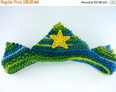 ON SALE Waldorf Birthday Crown in Dark Blue and Green Plant Dyed Knitted Wool Yarn with Plant Dyed Wool Felt Appliqued Yellow Star