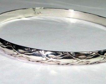 Diamond Pattern Sterling Silver Bracelet Bangle