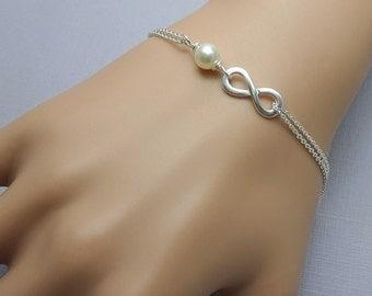 Weddding Infinity Bracelet, Bridesmaid Infinity Bracelet, Infinity and Ivory Pearl Bracelet, Maid  of Honor Bracelet, Gift for Her